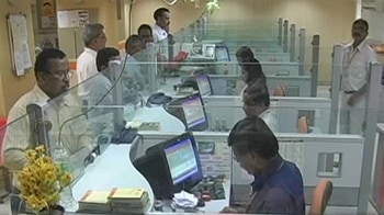 Video : RBI for higher salaries to CEOs, executives of PSU banks