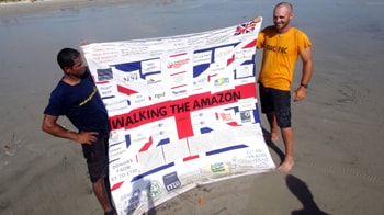 Video : British man walks entire Amazon River in 2 years