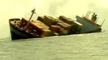 Video : जहाज को बचाने का ऑपरेशन
