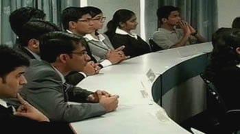 Video : एमबीए के लिए कैट की परीक्षा आरम्भ