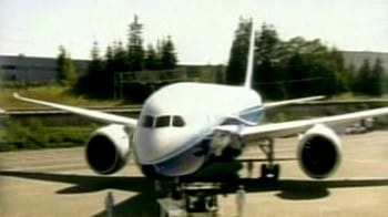 Video : SpiceJet orders 30 Boeing aircraft for $2.7 billion