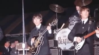 Video : Apple says iTunes will sell music from Beatles