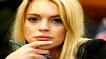 Video : Lohan at rehab as she prepares for jail