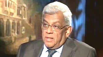 Video : HDFC's Deepak Parekh on Raju's bail