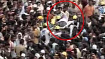 Video : Stampede at Rath Yatra in Puri, woman dies