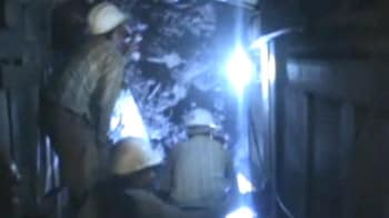 Video : Man trapped in Rajasthan tunnel since Thursday rescued