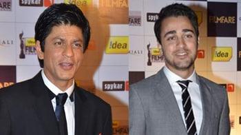 Video : Filmfare nominations: SRK, Imran at the red carpet