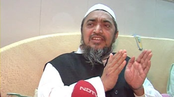 Video : Deoband's chief says resignation's on hold