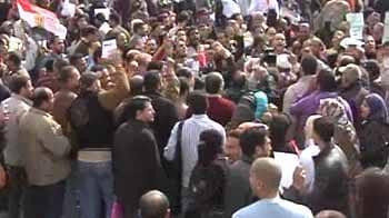 Video : Millions march against Mubarak