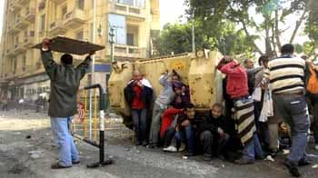 Video : Egypt: Army starts rounding up journalists