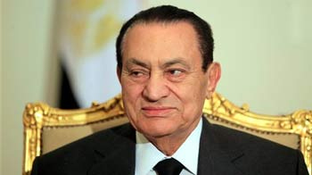 Video : Egypt Army takes control, Mubarak on way out: Reports