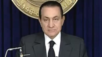 Video : Hosni Mubarak stays on as Egypt's President