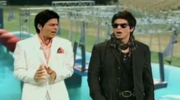 Video : शाहरुख ने प्रेम के लिए बदले रूप