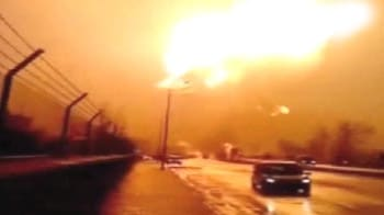 Video : Massive LPG tanker explosion caught on camera