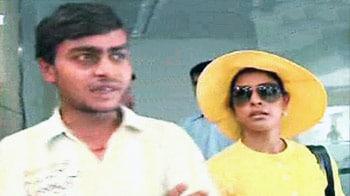 Video : एनडीटीवी के पत्रकारों से बदसलूकी