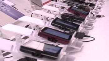 Video : Waterproof and Touchwood phones from Docomo