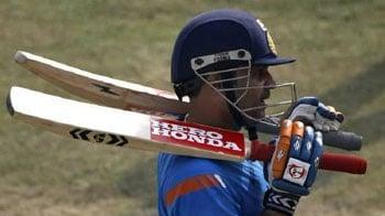 Video : गेंदबाजों के लिए खौफ बने हैं सहवाग