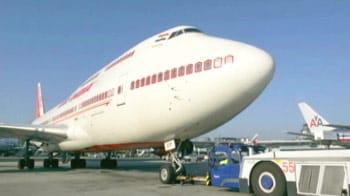 Video : India may have 4000 'fake' pilots