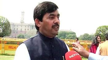 Videos : रिश्वत देकर बचाई थी सरकार : हुसैन