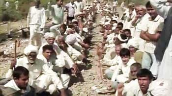 Video : Jat protesters hold North India to ransom