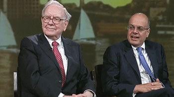 Video : Warren Buffett, Ajit Jain answer students