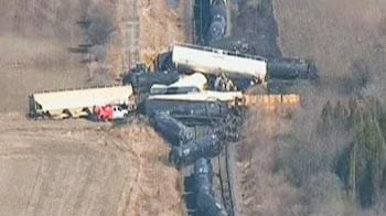 Video : Train carrying fuel derailed in Canada