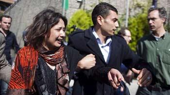 Video : Woman accuses Gaddafi's men of rape