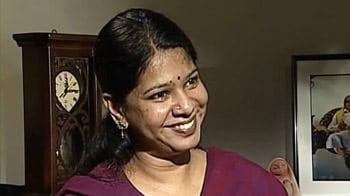 Video : Rift over Raja in family: Kanimozhi