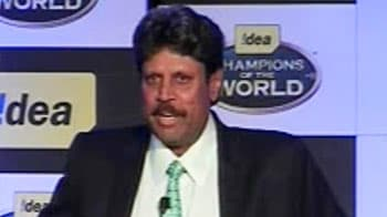 Video : Don't judge Dhoni by the World Cup result: Kapil Dev