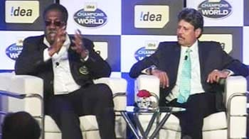 Video : Lloyd on Dhoni: He's bold and brave