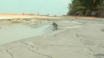 Video : Acid destroying Kerala's beach