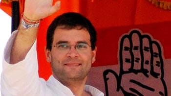 Video : Vote for Left, get 93-year-old CM: Rahul Gandhi