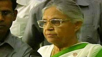 Video : Don't spread panic on superbug, says Sheila Dikshit
