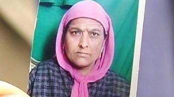 Video : J&K panchayat polls: Woman candidate shot dead