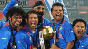 Video : टीम इंडिया को दिए इनाम पर बवाल