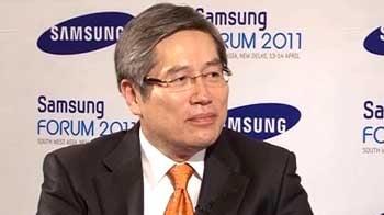 Video : Interview: J S Shin