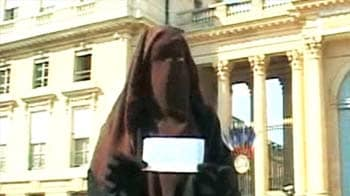 Video : Defying the burqa ban in France