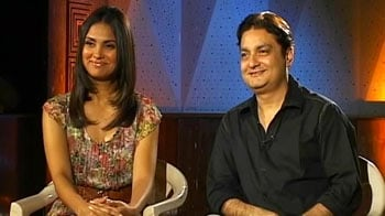 Video : Picture This: Lara Dutta, Vinay Pathak on <i>Chalo Dilli</i>