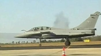 Video : Dogfight over India
