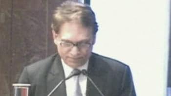 Video : Caught on camera: Evidence against Kalmadi, aide