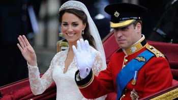 Video : Wedding dress for a royal