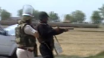 Video : Greater Noida tense after farmers thrash 2 cops to death
