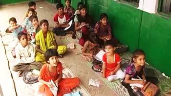 Video : No desks, no benches at this Meerut school