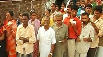 Video : Polling ends in Bengal, over 84 per cent votes cast in last phase