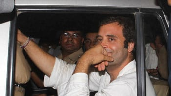 Video : Rahul Gandhi arrested by UP Police