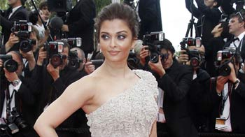 Video : Aishwarya Rai Bachchan to attend Cannes with Beti B
