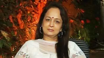 Video : Smita Thackeray's foray into films
