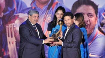 Video : BCCI honours Sachin, World Cup champions