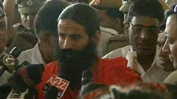Video : Fast will continue till demands are met: Baba Ramdev
