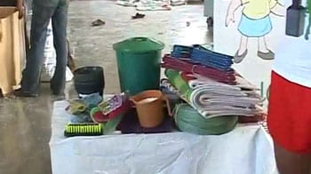Video : After a plastic bag is dumped